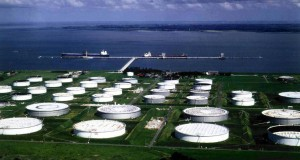 Oil traders now storing crude for profit