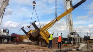 Crane Accident Kills One At Tin-Can Island Port