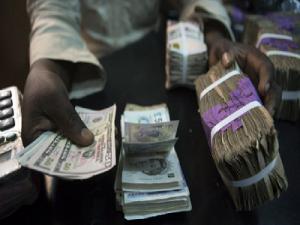 Hot Money Threatens CBN's FX Stabilisation Efforts