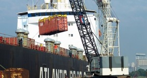 How Stevedoring Operates In Maritime Industry