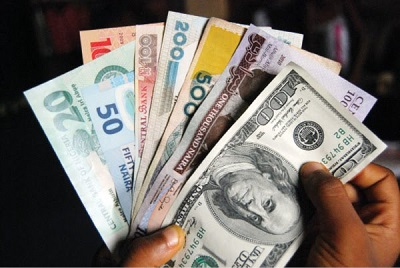 Naira drops to 370 on lack of dollar supply