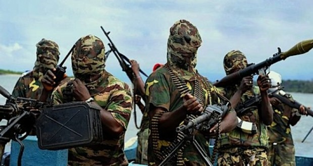 Niger Delta Militants Vow To Stop Oil Flows, Cripple Economy