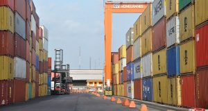 Freight forwarders say Customs officers frustrating business
