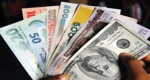CBN decries speculation as naira plunges, exchanges for 465/$