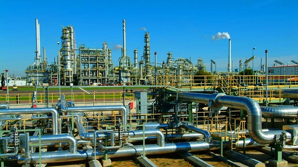$17million Dangote Refinery: Panic, Fear Grip Indigenous Oil Operators Over FG's Protection