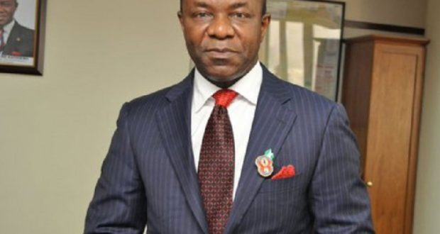 FG Orders Kachikwu to End Fuel Scarcity