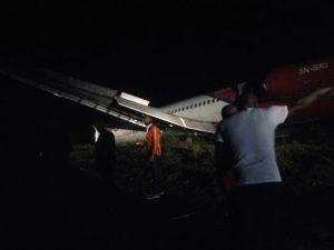 Dana Aircraft Overshoots Runway, Runs into Bush at Port Harcourt Airport