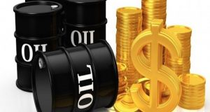 Oil rises 1% on OPEC supply cuts