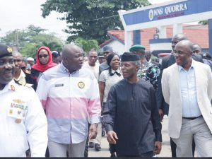 FG to Decentralise Ports to Ease Apapa Gridlock