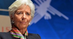 IMF warns Nigeria of debt crisis, urges diversification