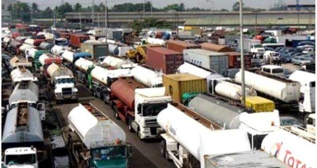 Bad roads, gridlock threaten ports operations