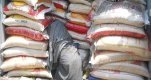Customs distributes rice, vegetable oil to orphanage homes in Lagos