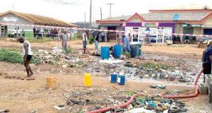 Residents in panic as vandals burst NNPC pipeline, flee scene in Ejigbo