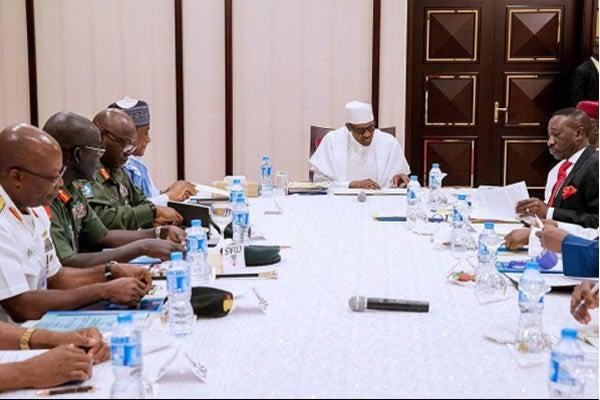 Buhari, security chiefs meet