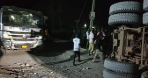 Truck crushes six in Lagos