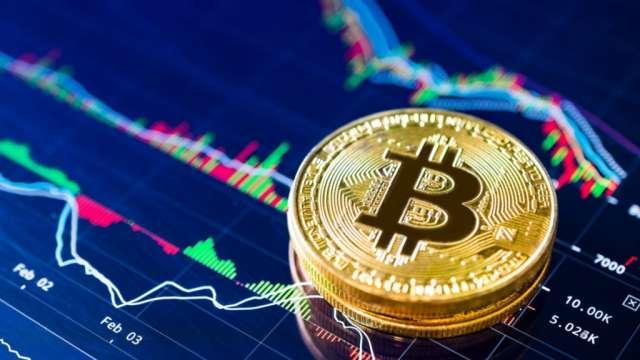 Bitcoin loses market share