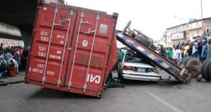 Expert links falling container disasters to breach of safety standards