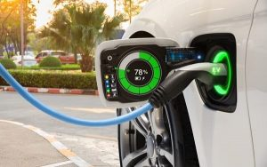 Electric vehicle batteries will charge cars in five minutes