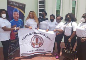 Nkata Ndi Inyom Igbo Pays Condolence Visit To Odumakin, Chukwuma