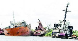 Over 50 Ships Wrecks, 27 Abandoned Barges Litter Lagos Waterways