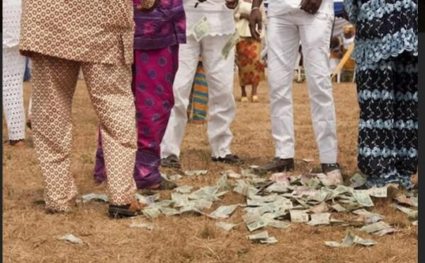 Naira abusers risk six months in jail as CBN gives fresh warning